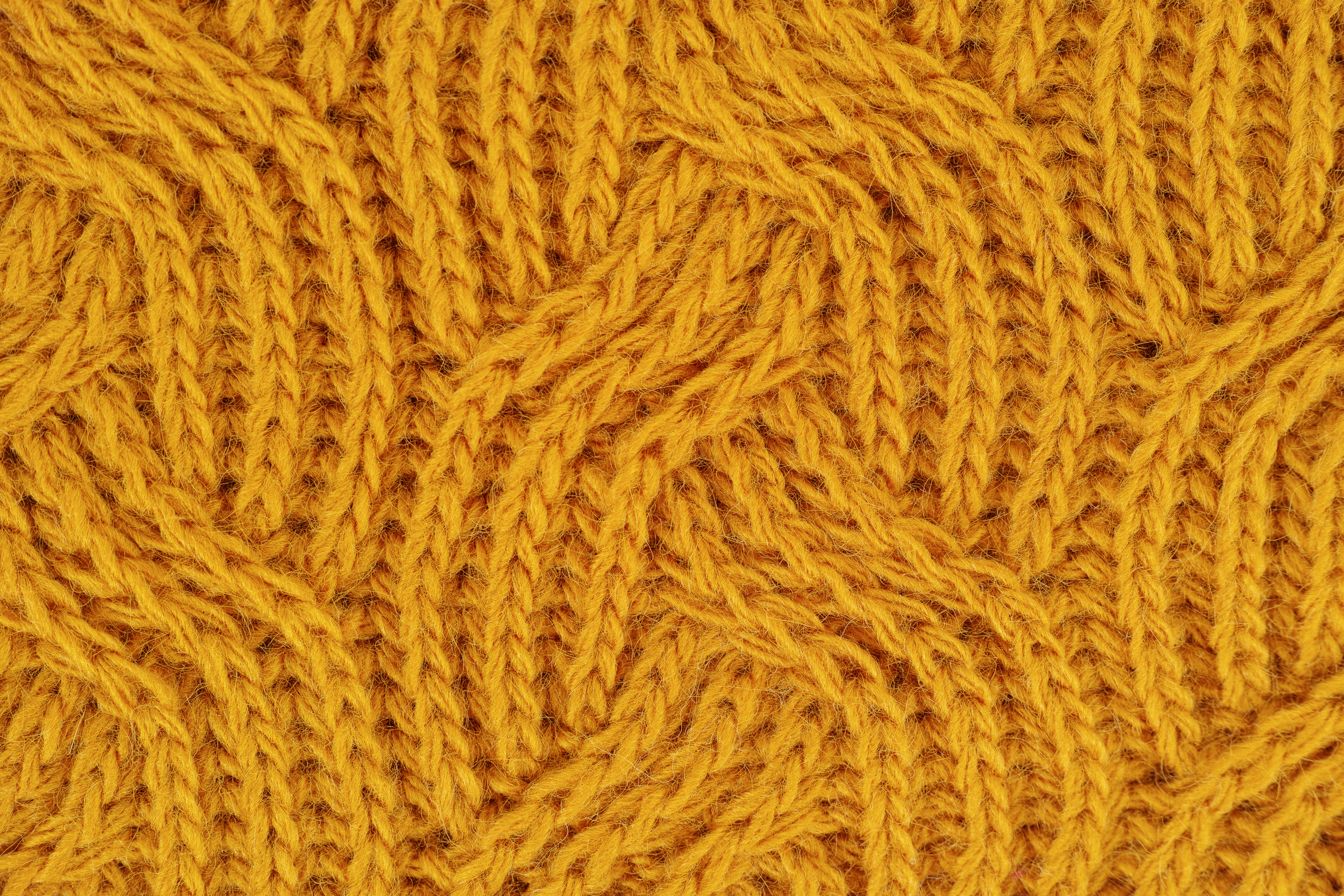 The Knittingclub is now on Facebook